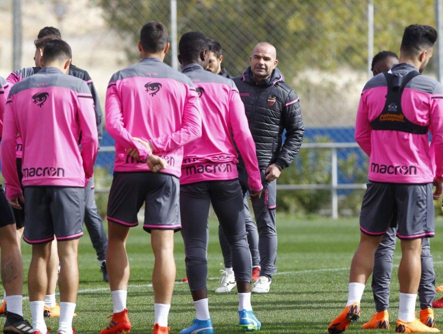 """Paco López desbloquea al equipo: """"¡Ya aparece el talento!, ¡ya aparece!"""""""