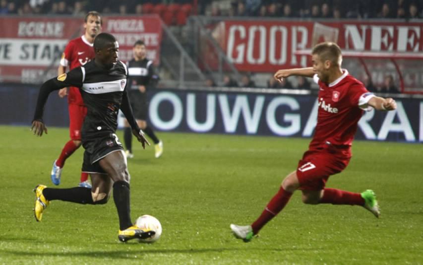 Diop rescindeix amb l'Espanyol i es va a l'Éibar amb Mendilibar