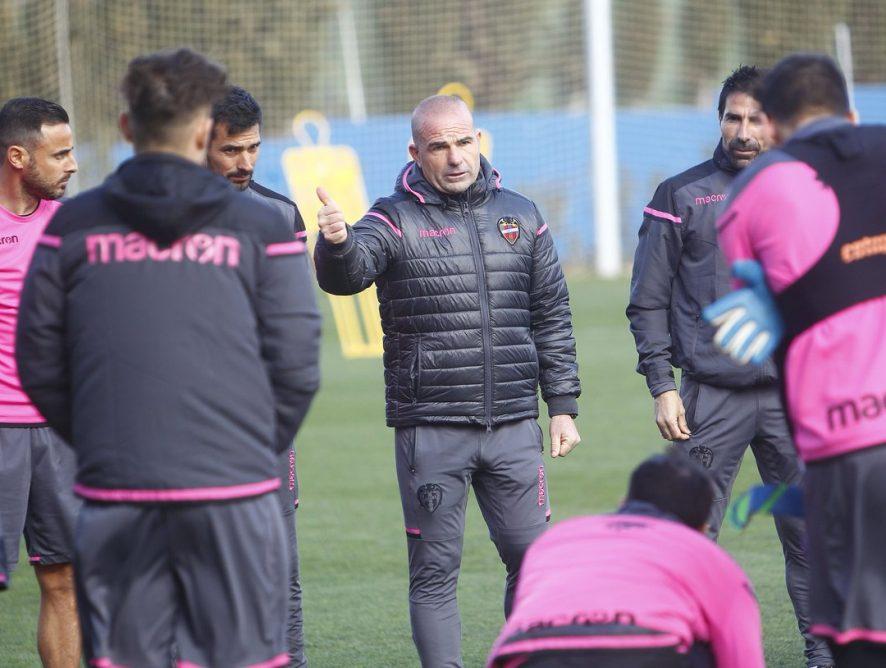 López parla individualment amb Campaña, Lerma, Bardhi i Ivi