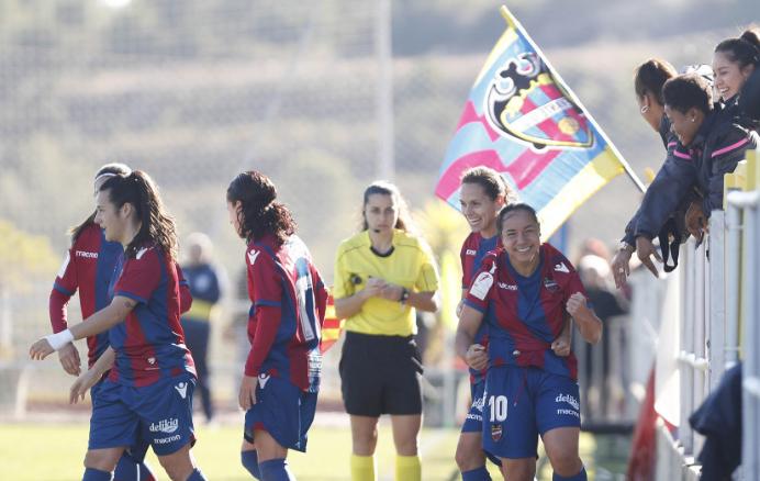 Sobre el alambre (Levante UDF - FC Barcelona, domingo, 16 h)